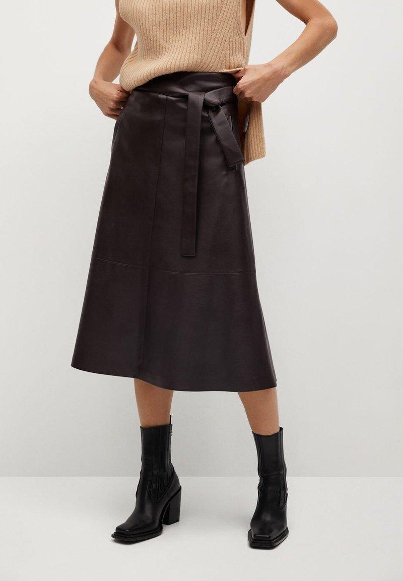 Mango - CHOCOLAT - A-line skirt - marron