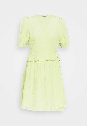 ENSYMPHONY DRESS - Vardagsklänning - light yellow