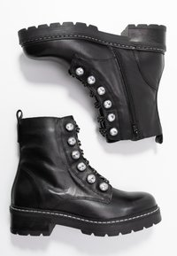 Kurt Geiger London - BAX - Cowboy/biker ankle boot - black