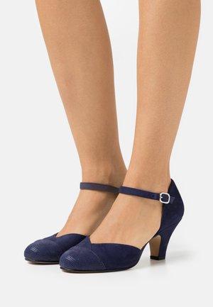 Classic heels - tacoma arcilla/arcilla