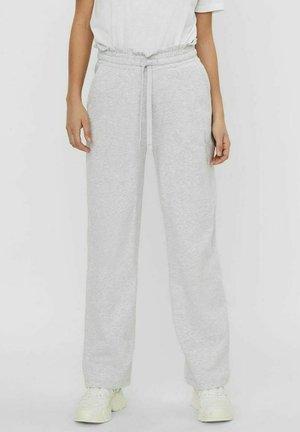VMNOA PANTS - Pantalones deportivos - light grey melange