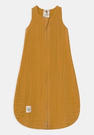 BABY UNISEX - Baby's sleeping bag - mustard