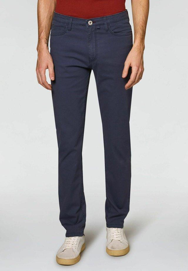 TAILORED FIT - Pantaloni - blu