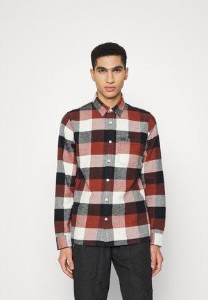 CORE - Shirt - rust