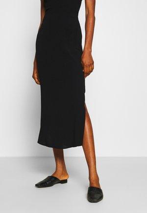 SLIP SKIRT - Áčková sukně - black