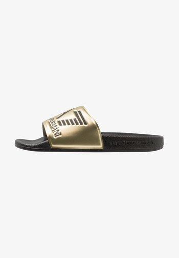 Mules - shiny gold/black