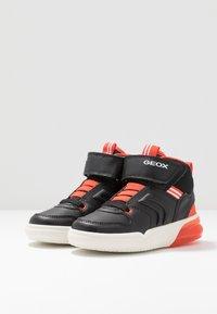 Geox - GRAYJAY BOY - Sneakersy wysokie - black/dark orange - 2