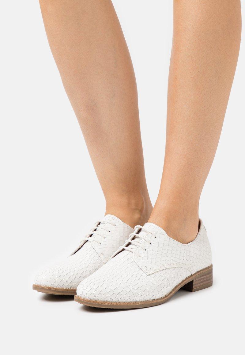 Tamaris - Lace-ups - white