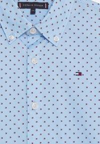 Tommy Hilfiger - MINI FLAG - Shirt - blue - 2