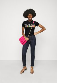 Versace Jeans Couture - TEE - Print T-shirt - black - 1