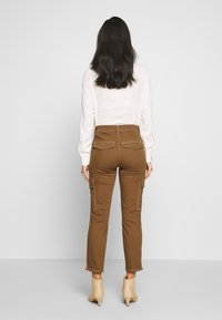 Gerry Weber Casual - Trousers - tabak - 2