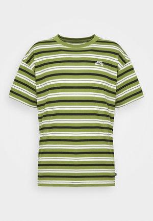 STRIPE UNISEX - Print T-shirt - forest green