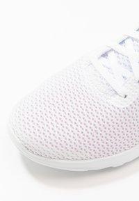Skechers Performance - GO WALK JOY PARADISE - Chodecké tenisky - white - 5