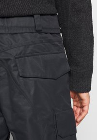 Volcom - HUNTER PANT - Snow pants - black - 5