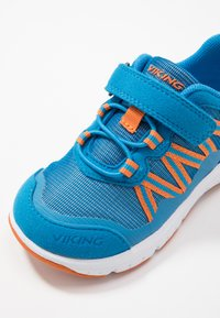 Viking - HOLMEN - Hiking shoes - blue/orange - 2