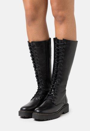 GINTEL - Platform boots - black
