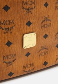 MCM - Handbag - cognac - 5