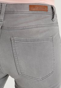 JDY - JDYJAKE SKINNY  - Jeans Skinny Fit - grey denim - 5
