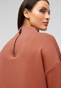 s.Oliver BLACK LABEL - Sweatshirt - dusty apricot - 3