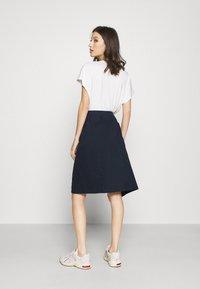 Lacoste - JUPE FEMME - Wrap skirt - marine - 2