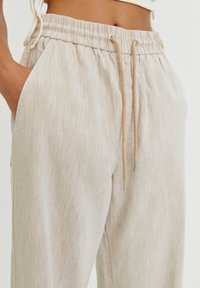 PULL&BEAR - Trousers - white - 3