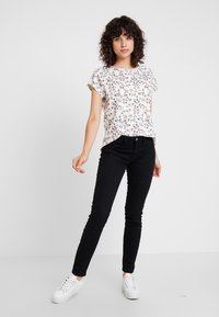 edc by Esprit - Print T-shirt - off white - 1