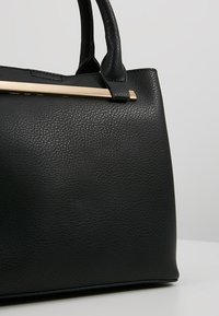 Dorothy Perkins - BAR MINI TOTE - Handbag - black - 6
