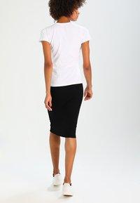 Pepe Jeans - NEW VIRGINIA - Triko spotiskem - white - 2