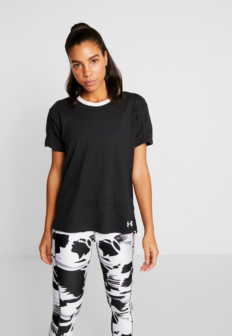 Under Armour - CHARGED  - Print T-shirt - black/white