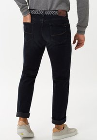 BRAX - STYLE CADIZ - Straight leg jeans - blue sea - 2