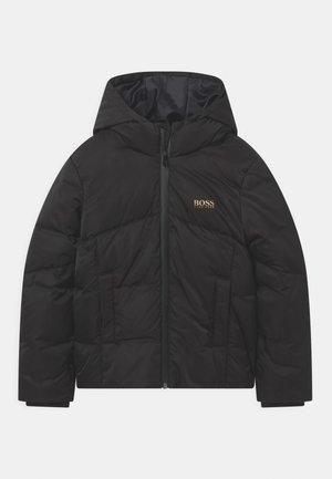 PUFFER GOLD CAPSULE - Winter jacket - black