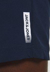 Jack & Jones Performance - JCOZWOVEN - Sportovní kraťasy - navy blazer - 4