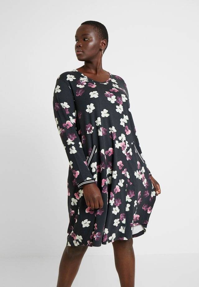 FLORAL PRINT DRESS WITH SPORTS TRIM - Vardagsklänning - black