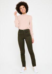 LolaLiza - WITH HIGH WAIST - Jeans Skinny Fit - khaki - 1