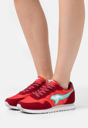 INVADER  - Trainers - red