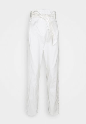 PANTALONE RICAMATO CON CINTURA - Pantalones - ric neve/neve