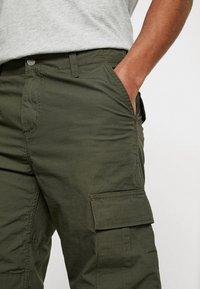 Carhartt WIP - REGULAR COLUMBIA - Pantalones cargo - cypress rinsed - 3