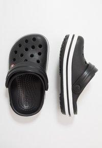 Crocs - CROCBAND - Sandały kąpielowe - black - 0