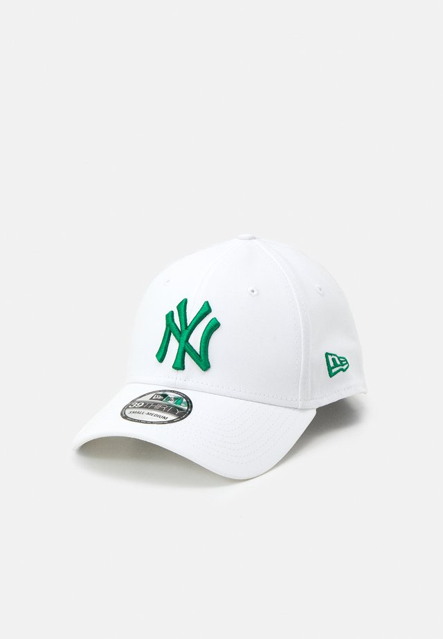 LEAGUE ESSENTIAL 39THIRTY UNISEX - Casquette - white/green