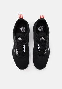 adidas Performance - ASWEETRAIN - Gym- & träningskor - core black/footwear white/grey two - 3