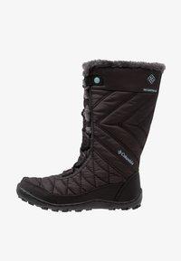 Columbia - YOUTH MINX MID III WP OMNI-HEAT - Winter boots - black/iceberg - 1