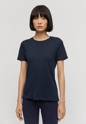 LIDAA  - Basic T-shirt - night sky