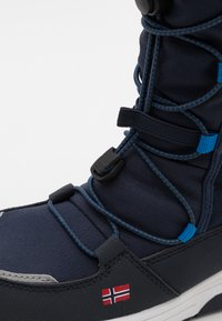 TrollKids - KIDS NORDKAPP WINTER BOOTS UNISEX - Zimní obuv - navy/medium blue - 5