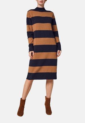 Jumper dress - peanut stripes