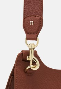 AIGNER - SELMA BAG - Handbag - cognac - 5