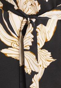 Object Petite - OBJLAUREN DRESS - Denní šaty - black - 2
