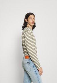 Calvin Klein Jeans - SKINNY - Skinny-Farkut - denim medium - 3