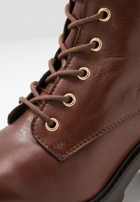 KIOMI - Lace-up ankle boots - brown - 2