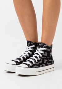Converse - CHUCK TAYLOR ALL STAR LIFT - High-top trainers - black/grey/white - 0