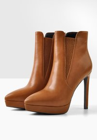 Only Maker - High heeled ankle boots - cognac - 2